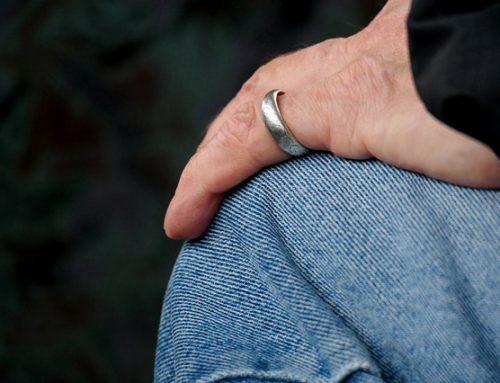 Tras el divorcio, ¿sigue siendo válido el testamento haciendo heredero al cónyuge?